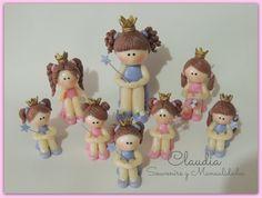 Princesitas para las más pequeñas. Adorno de torta y souvenirs .- www.facebook.com/pages/Claudia-Souvenirs-y-Manualidades-/283298225105386?ref=hl
