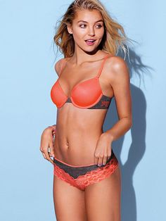 The world's best bras. The sexiest panties & lingerie. The most beautiful Supermodels. Cute Bras, Vs Bras, Pink Bra, Supermodels, Sexy Lingerie, String Bikinis, Victoria Secret Pink, Thong Bikini, Photoshoot