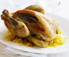 Pollo arrosto su letto di crauti alla mela allo zafferano