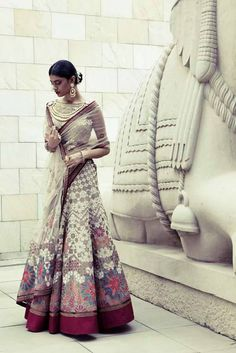 18 New Ideas wedding reception indian outfit tarun tahiliani India Fashion, Ethnic Fashion, Asian Fashion, Fashion Goth, Tarun Tahiliani, Indian Bridal Wear, Indian Wear, Asian Bridal, Indian Style