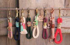Handmade rope collars & linen from CaLottasPaw .-Handgemachte Tauhalsbänder & Leinen von CaLottasPaw CaLottasPaw Handmade rope collars & leashes from CaLottasPaw CaLottasPaw - Collar And Leash, Collars, Young Animal, Cat Supplies, Pet Memorials, Dog Leash, Dog Accessories, Pet Shop, Dog Mom
