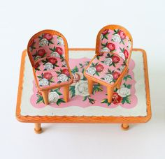 Vintage Doll Furniture  Floral Metal Chairs and Table di bellalulu, $48.00