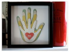 love this family handprint craft.