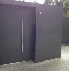 Resultado de imagen de puertas chapa perforad