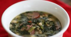 TURNIP GREEN SOUP 2 packages ounces each) Turnip Greens (I use frozen without the turnips) 1 package Knorr vegetable soup mix 1 can (a. Turnip Green Soup, Turnip Greens, Collard Greens, Turnip Recipes, Soup Recipes, Cooking Recipes, Yummy Recipes, Skinny Recipes, Cooking Tips