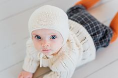 Merino wool, hand knit baby bonnet by a mother in Ukraine, Founded in Ålesund, Norway Alesund, Baby Knitting, Ukraine, Norway, Merino Wool, Winter Hats, Crochet Hats, Beanie, Knitting Hats