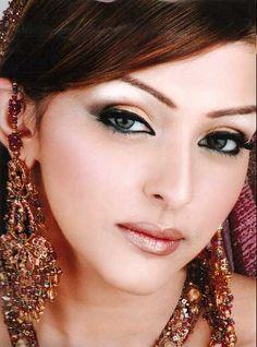 Natural Makeup For Wedding | Natural Bridal Makeup 2012 | Beautifull and Latest Mehndi Design | Dresses Design for Gilrs 2012-2013 Collection