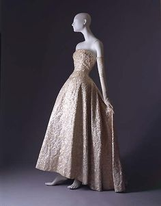 12a91e7b1d89 Christian Dior ball gown fall/winter 1953–1954 House of Dior French from  silk