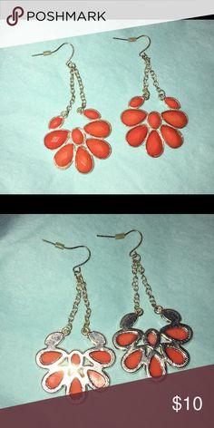 Beautiful orange earrings!! Never worn Orange dangle earrings great statement piece!! Jewelry Earrings