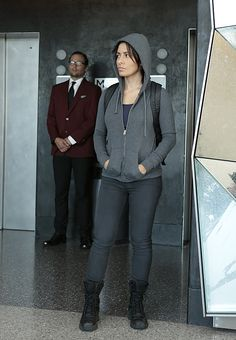"""4. Shaw disguises herself as a student to divert attention from the real POI in """"Nautilus"""""""