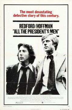 """'Todos los hombres del Presidente' 1976.. Basada en el libro homónimo de Bob Woodward y Carl Bernstein, publicado en 1974, relata la historia de la investigación periodística que condujo al famoso escándalo de """"Watergate"""", que obligó a Richard Nixon a dimitir como presidente de los Estados Unidos. En 2010 fue incluida entre los filmes que preserva el 'National Film Registry' de la Biblioteca del Congreso de Estados Unidos, por ser considerada «cultural, histórica, o estéticamente…"""
