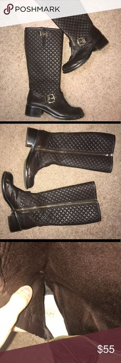 Vince Camuto quilted dark brown boots EUC dark brown quilted boots by Vince Camuto. Great condition and kept clean.  Worn a few times and kept feet very warm. Reasonable offers considered !! Vince Camuto Shoes Winter & Rain Boots