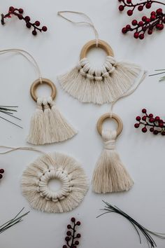 Your place to buy and sell all things handmade Bohemian Christmas, Natural Christmas, Noel Christmas, Handmade Christmas Decorations, Handmade Ornaments, Diy Christmas Ornaments, Farmhouse Christmas Decor, Macrame Projects, Macrame Patterns