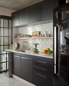 Apartment Kitchen, Cosy Kitchen, Home Decor Kitchen, Kitchen Design, Home  Kitchens, Black Kitchens, Decorating Kitchen, Modern Kitchen Cabinets, ...