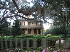 One of the finest remaining antebellum homes in Tallahassee is the Brokaw-McDougall House. Members of the Brokaw and McDougall families lived in the house until it was sold to the State of Florida in 1973. Architecturally, the house is an outstanding Classical Revival building with strong Italianate influences. The formal gardens were laid out in the early 1850's prior to the construction of the main house. They were restored as a Bicentennial project of the Florida Federation of Garden…