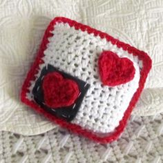 """LoveNote"" Mini Crochet Pillow Tutorial"