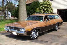 Super Rare! 1972 Plymouth Regent station wagon.