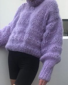 Mini classic in lilac 💜💜💜 Knit Fashion, Look Fashion, Winter Fashion, Womens Fashion, Fashion Outfits, Future Clothes, Mohair Sweater, Pretty Outfits, Knitwear