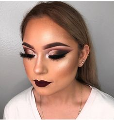 A step-by-step guide to highlighting and contouring – Page 2 – Style O Check Wolf Makeup, Kiss Makeup, Glam Makeup, Makeup Inspo, Bridal Makeup, Wedding Makeup, Makeup Inspiration, Sultry Makeup, Eyeshadow Makeup