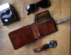 Brogue Styled Handmade Leather Men's Wallet Honey Brown