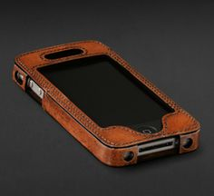 Father's Day Gift Idea: If youre thinking of something in leather, look beyond a belt! This Artisan-Crafted iPhone Case uses bark and leaf pigments to achieve its rich chestnut coloring. This case is sure to give a classy, old-world tailored look to dads new-world smart phone.