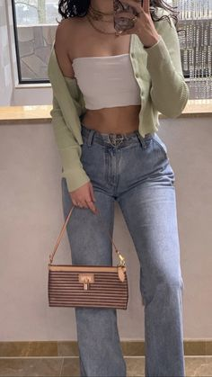 Fashion Tips Outfits .Fashion Tips Outfits Teenager Mode, Teenager Outfits, College Outfits, Mode Outfits, Girl Outfits, Fashion Outfits, Fashion Trends, Blue Jean Outfits, Brunch Outfit