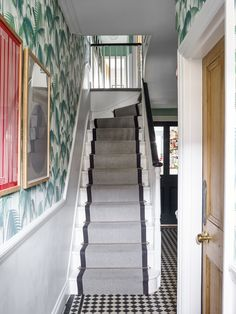 Pringle & Pringle entrance hall with jungle wallpaper Green Park, Entrance Hall, Stairs, Wallpaper, Interior, House, Boho, Home Decor, Home Salon