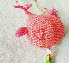 Adorna bolsos o llavero con forma de búho hecho a mano de crochet
