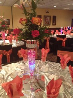 Led Light With Colored Beads Topped Roses And Lilies Maravela S Banquets Catering Table Topper Ideas