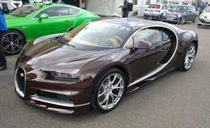 Brauner Bugatti Chiron