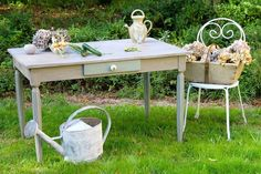 In France, we have Amaxti, in Galgon, Aquitaine who painted the table in Pars Grey with Duck Egg Blue. Distressed Furniture, Painted Furniture, Diy Furniture, Duck Egg Blue Grey, Green And Grey, Thrift Store Furniture, Paris Grey, Annie Sloan Chalk Paint, Work Inspiration