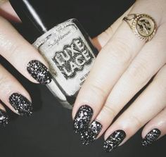 ~~#MadelineMonday Luxe Lace | Sally Hansen~~