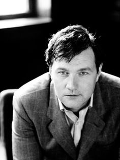 David Morrissey<3 The governor:* The Walking Dead