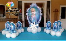 Frozen Elsa balloon centerpieces – Balloon decorations Miami – Extreme decorations Ph: www.extremedecora… - Decoration For Home Frozen Balloon Decorations, Frozen Centerpieces, Frozen Balloons, Balloon Centerpieces, Birthday Decorations, Frozen Themed Birthday Party, Frozen Birthday Party, Balloons Galore, Princess Tea Party
