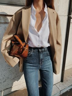 The Frankie Shop Oversized Blazer, Sophie H Odense Shirt, J Brand Julia High-rise Flare Jeans , By Far Leather Loafers , Yuzefi Dip Leather Shoulder bag Summer Work Outfits, Casual Work Outfits, Work Casual, Fall Outfits, Outfit Summer, Work Attire, Looks Street Style, Looks Style, My Style