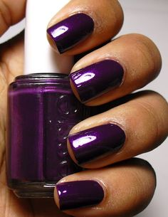 """Nice Grape Purple so pretty and perfect for Winter time! By Essie in the shade """"Sexy Divide"""""""