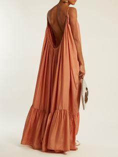 Click here to buy Kalita Brigitte silk-habotai maxi dress at MATCHESFASHION.COM Boho Fashion, Fashion Outfits, Womens Fashion, Fashion Design, Club Fashion, 1950s Fashion, Maxi Robes, Summer Outfits, Summer Dresses
