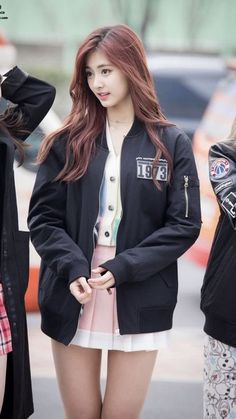 Official Korean Fashion : Twice Tzuyu Airport Fashion Nayeon, Kpop Fashion, Korean Fashion, Korean Beauty, Asian Beauty, Twice Tzuyu, U Go Girl, Kpop Mode, Dahyun
