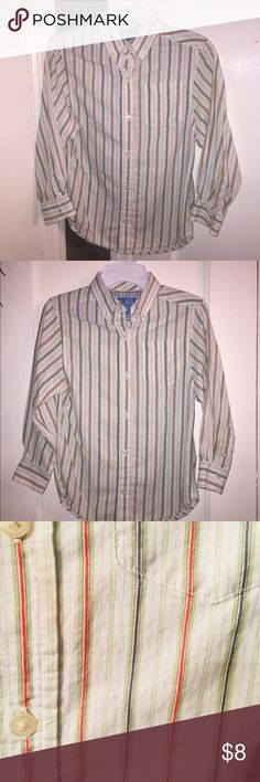 Boys Children's Place Huron down, Sz. 5-6 Colors closest to last 2 pics.  No holes, rips or tears.  Great shirt!! Children's Place Shirts & Tops Button Down Shirts