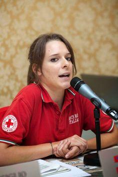 Tavola rotonda sul volontariato. Roberta De Bernardi, delegato di Torino, racconta le attività dei giovani all'interno della CRI.