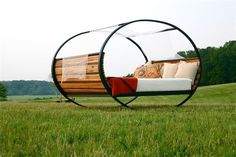 "Rocking Bed... this will definitely be in my ""lottery"" backyard... at least a couple of them!"