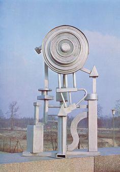 Eduardo Paolozzi, Artificial Sun, 1964, Aluminium, Pallant House Gallery (Wilson Loan, 2006)|© Trustees of the Paolozzi Foundation