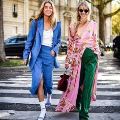 Street style pinned by sheisrebel.com - Missing summer! @emilisindlev and @_jeanettemadsen_ by @jiminphoto