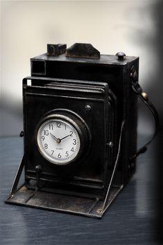 Photoclock by Bohdan Lvov