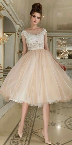 Magbridal Fantastic Tulle Bateau Neckline Tea-length Ball Gown Wedding Dress With Beaded Lace Appliques - Bridesmaid Dresses A Line Prom Dresses, Ball Dresses, Homecoming Dresses, Ball Gowns, Evening Dresses, Bridesmaid Dresses, Formal Knee Length Dresses, Pretty Dresses, Beautiful Dresses