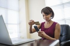 Many people with bad credit have a hard time finding a credit card. Here's how you can get a credit card even if you have bad credit. Bad Credit Credit Cards, Small Business Credit Cards, Loans For Bad Credit, American Express Credit Card, Interest Calculator, Unsecured Loans, Credit Card Interest, Payday Loans