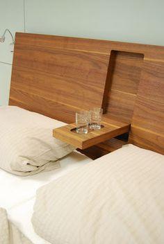 Holzbett mit praktischem Detail - Holz DIY Ideen Wooden bed with practical detail, bed Bed Frame Design, Diy Bed Frame, Bedroom Bed Design, Bedroom Furniture Design, Bed Furniture, Bedroom Decor, Wood Bed Design, Furniture Stores, Wooden Crafts