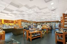 Travel Traders | Armstrong Ceiling Solutions – Commercial