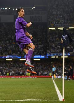Cristiano Ronaldo FLYING