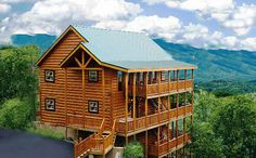 Gatlinburg Cabin Rentals and Gatlinburg Cabins in the Smoky Mountains Tennessee. see the Gatlinburg Webcams here also on our web cam page Cabins In Gatlinburg Tn, Gatlinburg Tennessee, Tennessee Cabins, Tennessee Vacation, East Tennessee, Beautiful Homes, Beautiful Places, Cabins And Cottages, Log Cabins